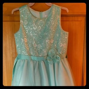 Other - Gorgeous mint formal dress